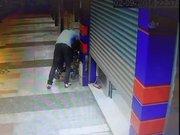 Engelli vatandaş sokak ortasında böyle darp edildi