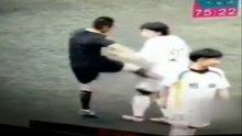 /video/spor/izle/kadin-futbolcuyu-tekmeleyen-hakeme-men-cezasi/200863