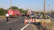 Bariyerlere çarpan otomobil ikiye bölündü: 1 ölü 2 yaralı