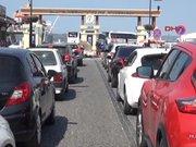 Çanakkale'de feribot kuyruğu 2 kilometreye ulaştı