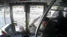 İşte metrobüsteki saldırı anı