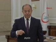 Bakan Akdağ'ın işaret dili ile verdiği mesaj büyük ilgi gör