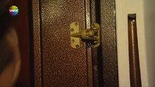 Hırsızlar kapıyı ev sahibinin yüzüne kapattı!