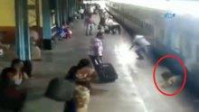 /video/haber/izle/trenin-altinda-kalmaktan-boyle-kurtuldu/203086
