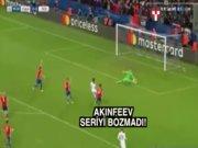 Akinfeev gol yemeye devam ediyor