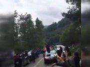 6 teröristi etkisiz hale getiren askerler konvoyla karşılandı
