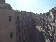 Halep'teki yıkımı havadan görüntüledi