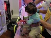 Minik Mümin kolunu kıyma makinesine kaptırdı