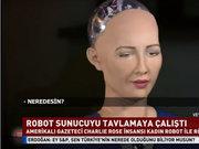 Ünlü gazeteci insansı robotu tavlamaya çalıştı