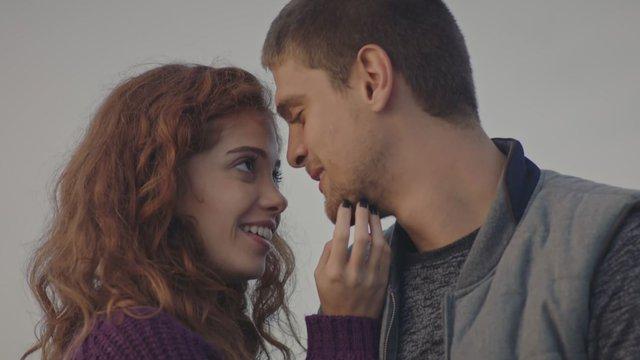 Eren'den Gizem'e romantik sürpriz