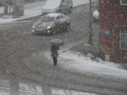 Kars ve Erzurum'a mevsimin ilk karı yağdı