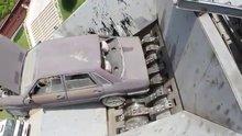 Arabaya acımadı!