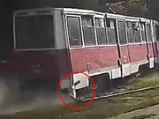 Feci tramvay kazası kamerada!