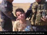 Köyü DEAŞ'tan kurtarılan kız gözyaşlarına boğuldu