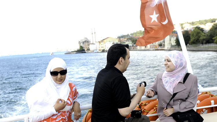 ARAPLAR İSTANBUL'U SEVDİ