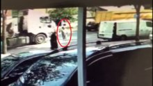 Hafriyat kamyonu yaşlı kadına böyle çarptı