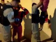 Brezilya polisinin ilginç arama yöntemi!