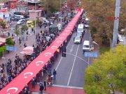 Beşiktaş'ta bayrak yürüyüşü