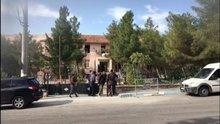 Mardin'de Derik Kaymakamlığı'na saldırı
