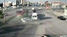 Freni patlayan yolcu otobüsü 6 aracı böyle biçti
