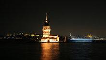 İstanbul'un simgeleri turuncu renge boyandı
