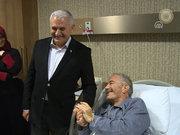 Binali Yıldırım'dan hastane ve taksi durağı ziyareti