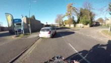/video/haber/izle/motosikletlinin-iyiligine-el-hareketi-ile-karsilik/213259