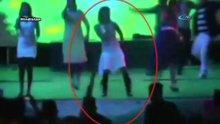 /video/haber/izle/hindistanda-sahnedeki-dansciyi-boyle-vurdu/213631