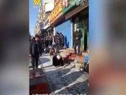Çin'deki bir fırın sahibi çalışanlarını böyle cezalandırdı
