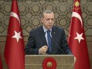 """""""Bu milleti seviyorsan arkadaş sen de Türk Lirası'na geçeceksin"""""""