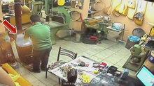 /video/haber/izle/erzurumda-soba-bomba-gibi-patladi-video/214116