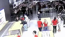 /video/haber/izle/apple-store-9-gunde-3-kez-soyuldu/214179