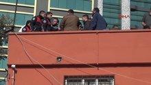 Polisin dizi setine uzun namlulu silah baskını