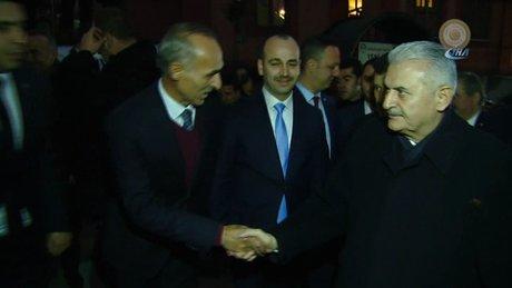 Başbakan Yıldırım MHP İl Başkanlığı'nı ziyaret etti