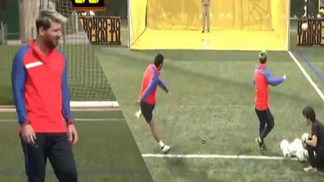 Messi ve Suarez drone vurmak için yarıştı