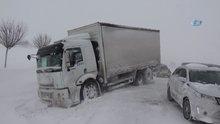 Bursa-İzmir yolu 4.5 saattir kapalı, konvoy 40 kilometreye ulaştı