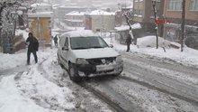 Sürücülerin karla mücadelesi