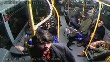 Otobüste senaryo hırsızlığı kamerada