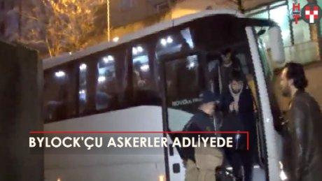 Bursa'da 11 Bylock'çu asker adliyede!