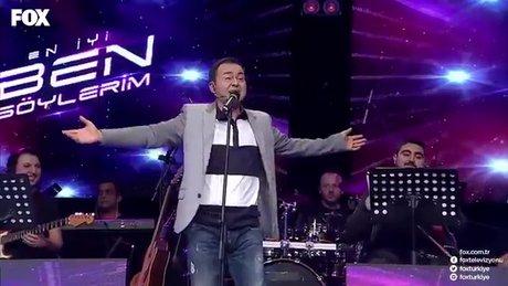 Serdar Ortaç'ın 'Another Brick İn The Wall' performansı