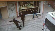 Altınları çalmak isteyen hırsızı tabancayla böyle kovaladı
