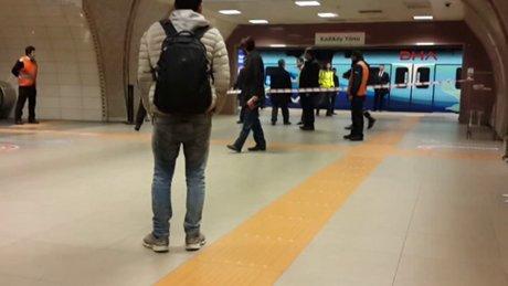 Kartal Metrosu'nda engelli bir kişi kendini raylara bıraktı