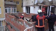 Kartal'daki yangında alevler arasında kalan kişi son anda kurtarıldı