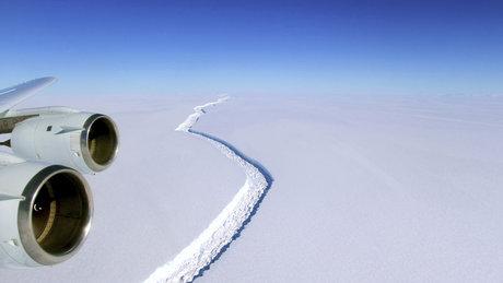 Antartika'daki yarık ilk kez görüntülendi