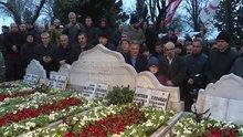 Necmettin Erbakan, kabri başında düzenlenen törenle anıldı