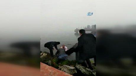 Fenalaşan dalgıcı denize atlayan Belediye Başkanı böyle kurtardı