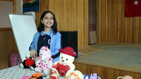 İhtiyaç sahibi öğrencilere oyuncaklı destek