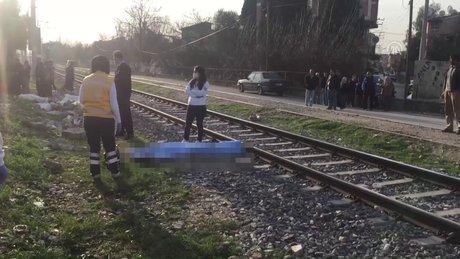 Adana'da trenin çarptığı genç kız öldü