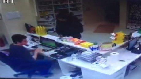 İstanbul Esenyurt'ta nöbetçi eczane soygunu