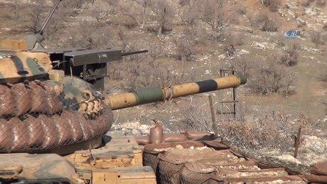 Mehmetçik, Şırnak'ta teröristlerin geçiş güzergahını yerle bir etti
